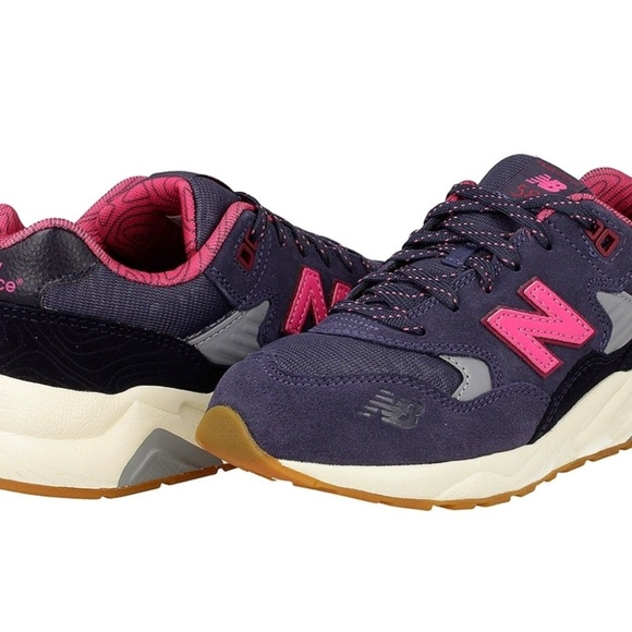 new product a4000 b8623 New Balance 580 Girl's Suede Sneakers NWT